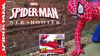 Mega Blaster Web Shooter Toy by The Amazing Spiderman, Spiderman vs Fly Funny Unboxing and Review