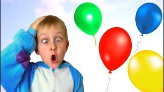 Tawaki kids play with color balloons