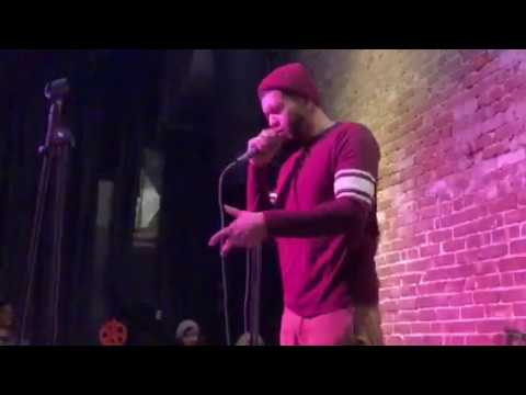 """Free Performs """"This Feeling"""" Live At The Nuyorican Poets Cafe"""