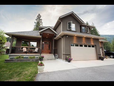 809 West Innes St - Fair Realty   LM - Nelson & Kootenay Real Estate