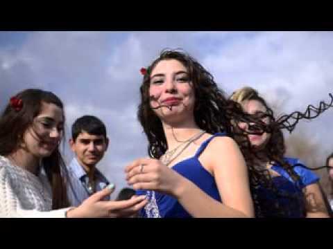 نتيجة بحث الصور عن سوق العرائس في بلغاريا