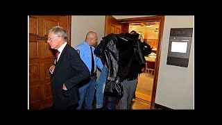 Åklagaren: Misstänker att brott pågått under fem månader