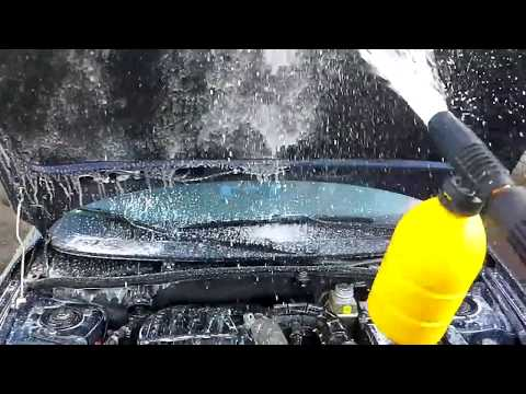 Мойка двигателя на автомобиле  Лада Гранта  / Гараж 73