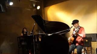 live at Otokura.