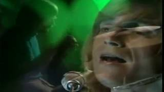 PLEASE RATE.. COMMENT..!! Moody Blues Classic. Question is a truly ...