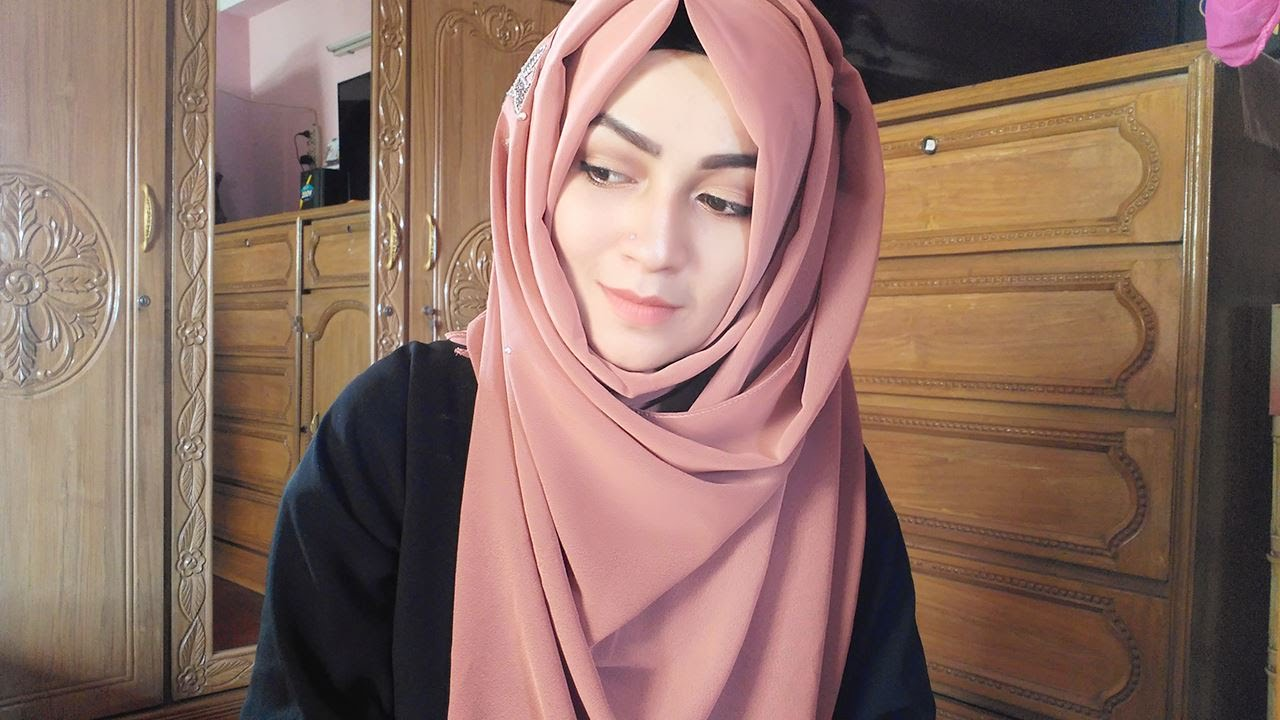 d69ffaada0049 Hijab Tutorial with covered chest | ParizaaD - YouTube