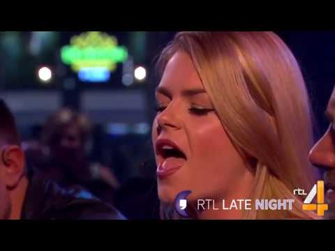 Davina Michelle - Wake Me Up Cover: Avicii   RTL Late Night
