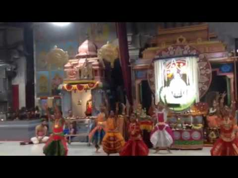 Yashu Dance - Manikka Veenai Endhum
