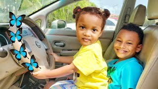 We are in the Car! Wheels On The Bus Song / Nursery Rhymes & Kids Songs by Kris and Kira