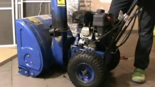 Снегоуборочная машина Патриот -замена  приводного ремня(видео., 2016-12-08T14:58:32.000Z)