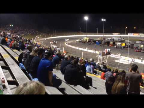 Cole Glasson Spectator View with Lee Faulk Racing at Hickory Motor Speedway March 25 2017