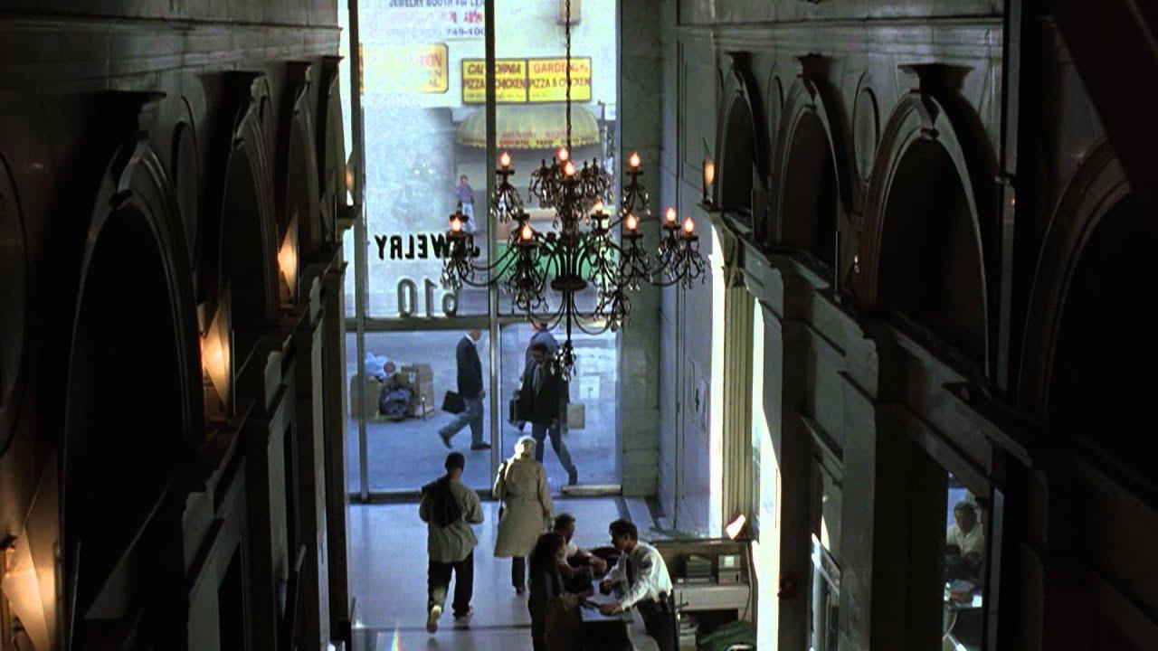 Dans la peau de John Malkovich (VF) - Trailer