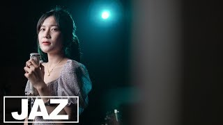 รางวัลปลอบใจ - ส้ม มารี  feat. LAZYLOXY (Cover)I Nutty & Jaz Studio {4K}