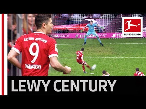 Lewandowski Hat-Trick vs. Hamburg Sets New Bayern Record