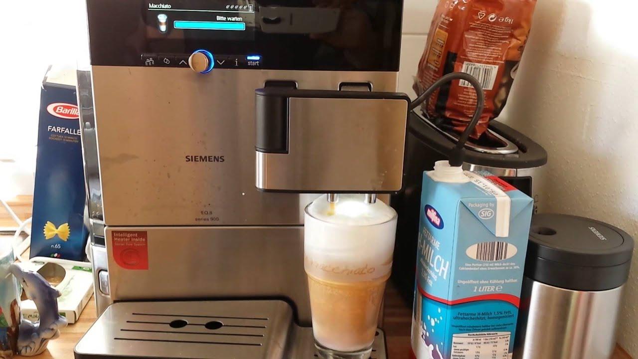 siemens kaffeevollautomat eq 8 series 900 latte macchiato milchkaffee und sp lung youtube. Black Bedroom Furniture Sets. Home Design Ideas