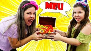Heloísa e Mamãe não dividem os mesmos doces e chocolates