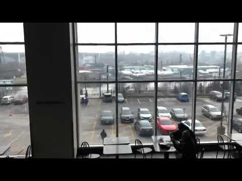 Golden OTIS?? South/Parking Escalators At Tower City Center - Cleveland OH