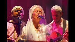 (VIDEO) Snatam Kaur sings Just To Know You from her album Heart of the Universe