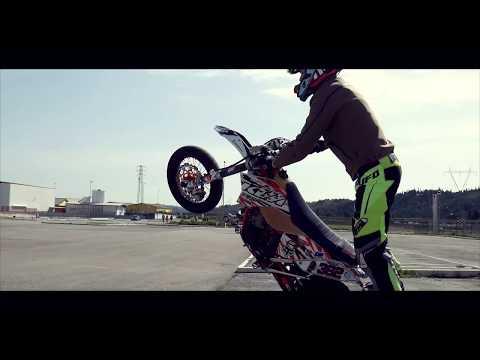 How Italians Stunt Ride 2 | VTM