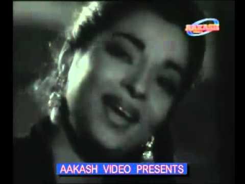 Sitaaron Se Aage Jahan Aur Bhi Hai  - Meenar - Asha Bhonsle