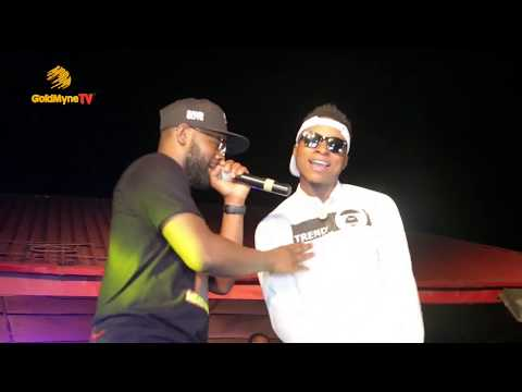 VIDEO: Falz Performs ' Wel Done Sir ' At DJ Kaywise Concert