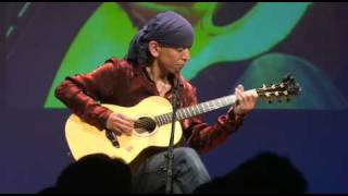 I have performed to the contest of the finger picking held in Yokoh...