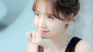 Yoona - The Moon Represents My Heart