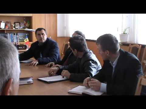 Ion Stratulat, viceministrul Dezvoltării Regionale și Construcțiilor la Telenesti