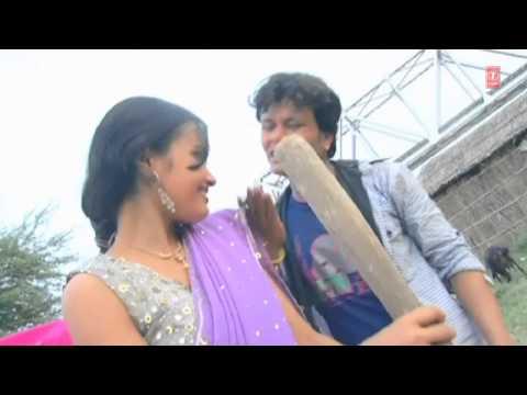 Apna Okhari Mein Dhaan [ Bhojpuri Video Song ] Choliya Ke Cheej Khule Aam Laukata