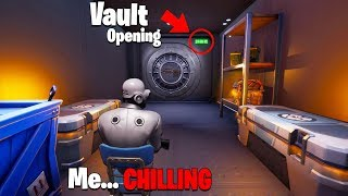 5 Minutes of the Vault Door Opening but im already Inside... 😂