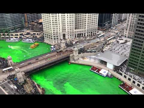 Dyeing the Chicago River Green - 2018 Greening of the River for St. Patrick's Day Time lapse