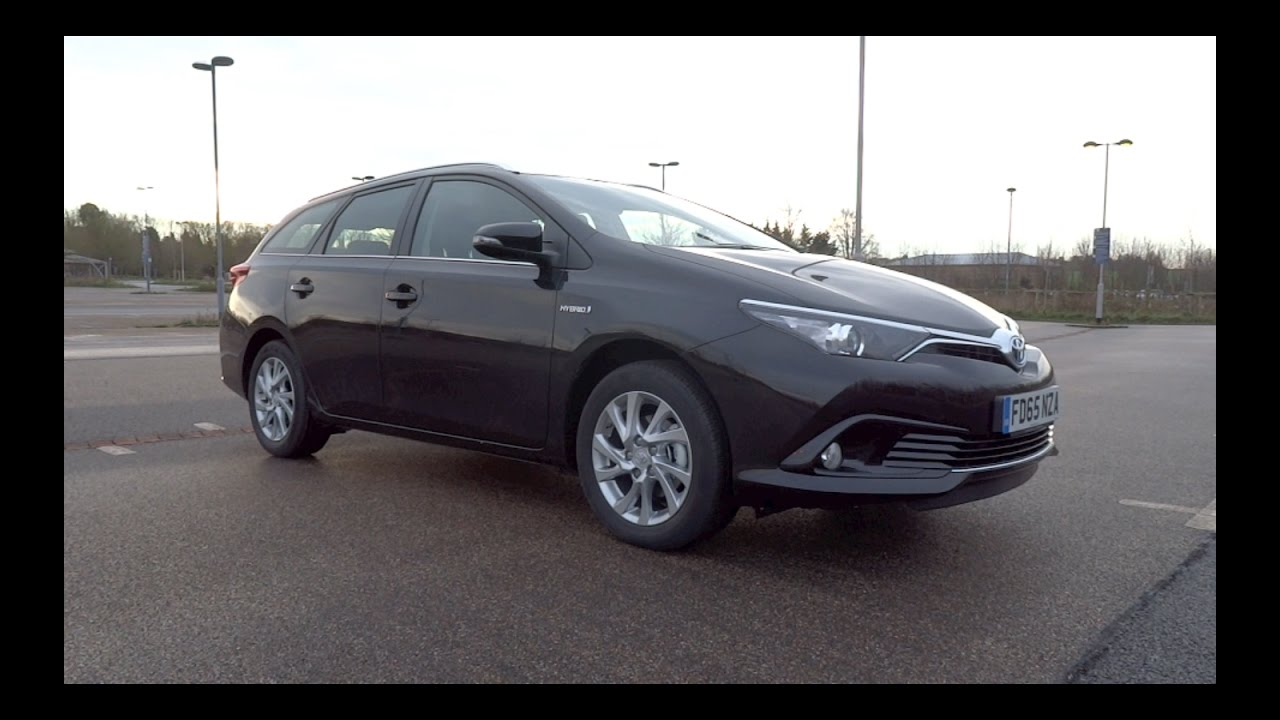 2016 Toyota Auris Touring Sports 1 8 Vvt I Hybrid Icon Start Up And