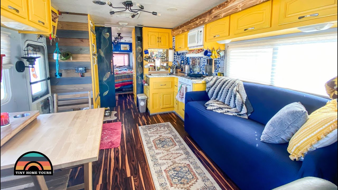 Couples 2003 Renovated RV Tiny House - Living & Traveling Full Time On The Road