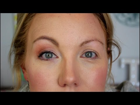 Hooded & Aging Eyes - A Makeup Tutorial