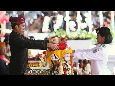 Momen Jokowi Nyaris Lakukan Kesalahan Fatal saat Upacara Bendera, Beruntung Ruth Membisikinya Mp3