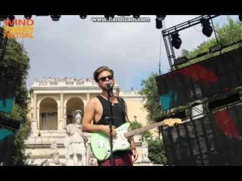 Alessio Bernabei / Non è il Sud America live radio 105 Wind Summer Festival
