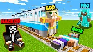 Minecraft - NOOB vs PRO vs HACKER vs GOD : TRAP TRAIN in Minecraft ! Animation