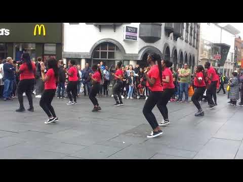 AFRICAN MUSIC &  CULTURAL DANCE GROUP  PERFORM CITY CENTRE /APRIL 2019 UK
