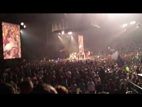 Jared Leto Polish Pierogi / Rescue Me ( 30 Seconds to mars LIVE ŁÓDŹ Atlas Arena )