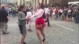 Русские пляски на Манежной площади