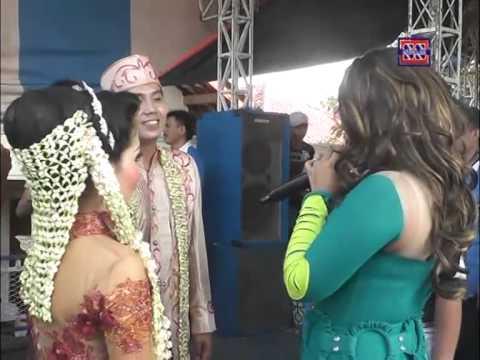 Cinta Fatamorgana  | Nada Ayu (Nunung Alvi) | Show  Juntinyuat