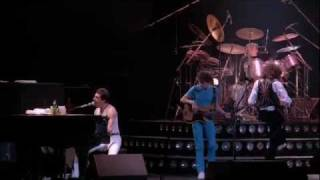 Queen - Somebody To Love (Live In Montreal 1981)