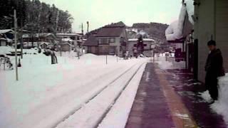 北飯山駅から下りの列車に乗る。
