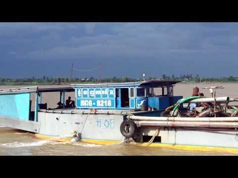sand pump boat