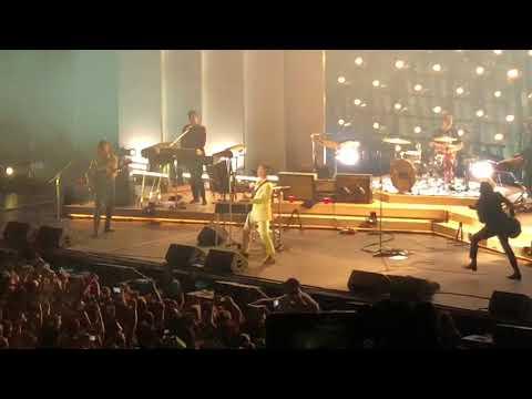 "Arctic Monkeys ""R U Mine"" San Francisco 10/20/18"