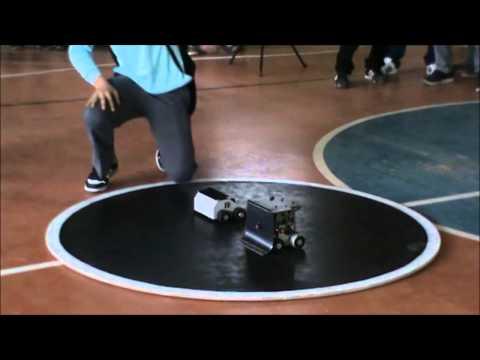 SUMO ROBTICA 2014 Fing - YouTube