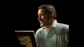 Watch Perry Como Moon River video