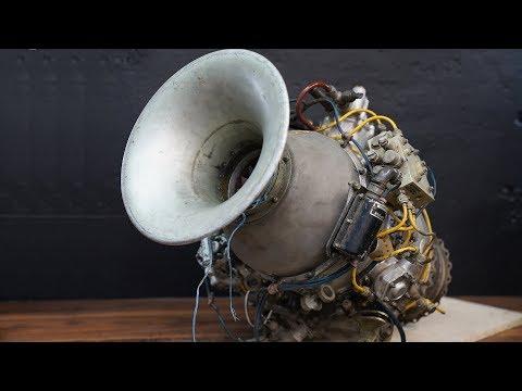 Неизвестный турбореактивный двигатель - помогите опознать