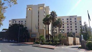 Exploring the Hilton Hotel Sandton, Johannesburg✔