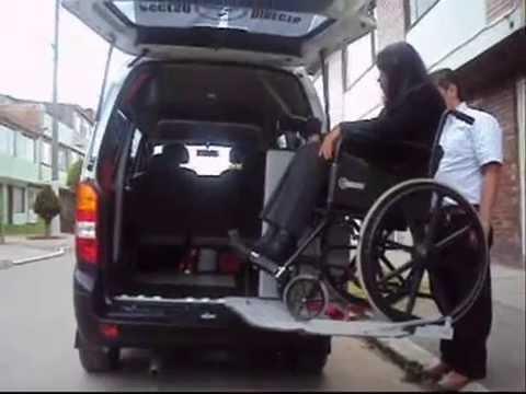 Transporte para discapacitados en silla de ruedas acceso for Sillas para discapacitados